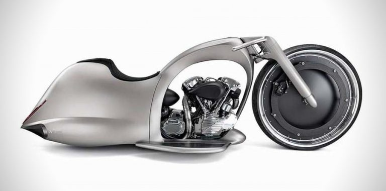 Akrapovič - Full Moon Motorcycle